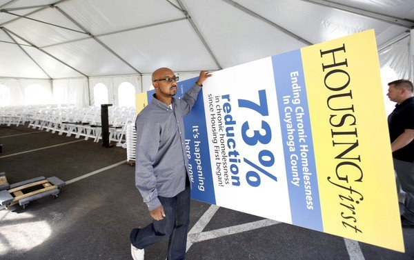 coalition-opens-65-apartments-for-the-homeless-f5ac9a2b9ccf9ea9